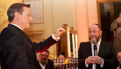 Candle-lighting ceremony at Downing Street