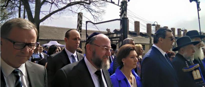 Chief rabbi Mirvis partakes in the March of the Living