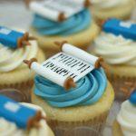 simchat-torah-cupcakes-min