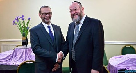 Chief Rabbi Mirvis was delighted to induct Rabbi Benjy Simmonds into office